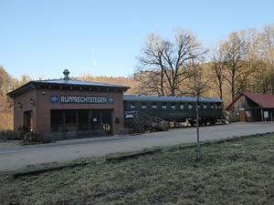 Eisenbahnwagon als Café