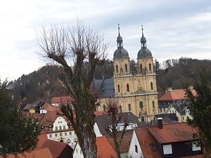 Ansicht der Basilika von der Wagnershöhe