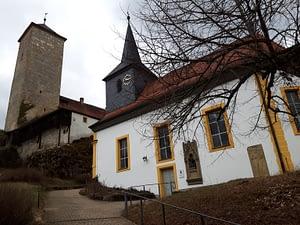 Bergfrieds und Schlosskapelle Unteraufseß