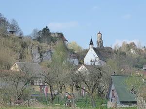 Steinerner Beutel und Burg