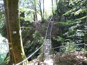 Brücke Ludwig Felsen