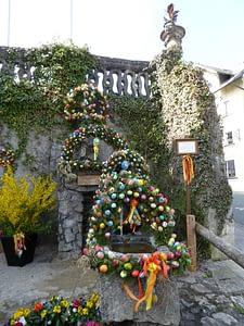 Osterbrunnen in Gößweinstein