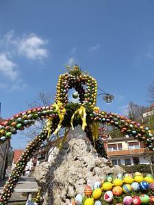 Osterkrone Brunnen Bieberbach